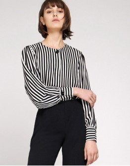 Полосатая рубашка женская
